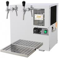 AS 45 2 x kohout je výčepní zařízení vodního typu, které se hodí do stálých provozů s průměrnou výtočí 30-45 l/hod. Je ideální k použití tam, kde není dostatek místa na velké podstolové zařízení nebo kde je třeba chlazení přenášet.