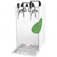KONTAKT 155/R Green Line je výkonné a přitom ekologické výčepní zařízení, s jehož pomocí nachladíte během jediné hodiny až 180 litrů piva. Stejně jako ostatní suchá chlazení je i tento výrobek vhodný na venkovní akce, kde se těžko shání voda, a je připravený k použití téměř okamžitě po zapojení.