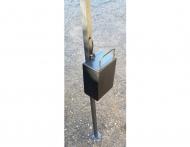 Ocelové závaží kvádr o hmotnosti 15 kg slouží k bezpečnému zajištění nůžkových stanů a rozkládacích párty stanů. Toto závaží je vhodné pro nůžkové stany CLASSIC a DELUXE.