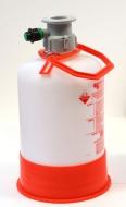 Sanitační sud s plastovou hlavou KOMBI (není univerzální, jedná se o třetí typ). Slouží k proplachování pivního vedení vodou nebo pomocí sanitačního roztoku. Možnost použít sanitační houbičky.