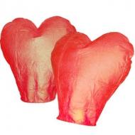 Lampion štěstí srdce - červená. Rozměry: 40 x 60 x 106cm (40cm v nejužším místě, 60cm v nejširším místě, 106cm výška).