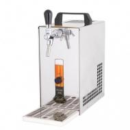 Výčepní zařízení PYGMY 20/K s vestavěným vzduchovým kompresorem je vhodný prostředek pro čepování piva na venkovních party a malých oslavách. Je nenáročný na údržbu i na prostor, přitom je výkonný a díky zabudovanému kompresoru i jednoduchý na obsluhu.