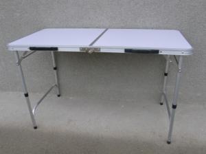 Skládací stůl 120x60cm.
