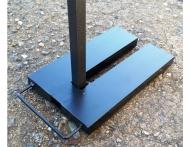 Ocelové závaží podkova o hmotnosti 15 kg slouží k bezpečnému zajištění nůžkových stanů a rozkládacích párty stanů.