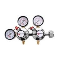 Redukční ventil MM CO2 2 st. slouží k regulaci dvou nezávislých tlaků z jedné plynové lahve s potravinářským CO2.