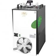 CWP 300 Green Line 8 x smyčka je nejvýkonnější výčepní zařízení řady CWP od firmy Lindr. Toto jedinečné vodní chlazení má výkon až 300 l/hod. a disponuje 8 chladicími smyčkami, které umožňují souběžné chlazení a stáčení až 8 různých druhů nápojů.