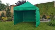Stabilní nůžkový stan 3x3 m PROFI STEEL zelený s boky najde uplatnění na zahradách rodinných domů i na festivalech a jiných venkovních akcích.